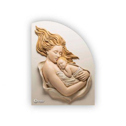 Scultura altorilievo Maternità su tavola in legno sagomata