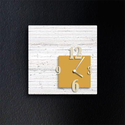 Orologio da parete CUBIK, legno sbiancato e giallo ocra