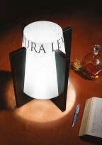 Lampada da tavolo Dell'Avvocato bianca con stampa