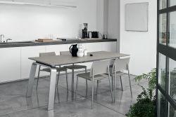 Tavolo allungabile Deimos in finitura Castoro con struttura in metallo L 130