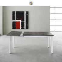 Tavolo Evo Eurosedia struttura bianca e piana nobilitato cemento