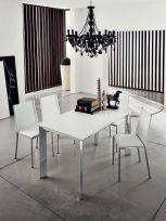 Tavolo Evo Eurosedia struttura simil cromo e piana bianca