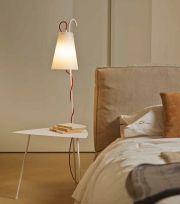 Chiara, tavolo con lampada colore bianco
